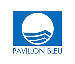 Depuis 1996, Saint-Michel-Chef-Chef détient le Label Pavillon Bleu